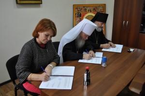 Состоялось подписанание соглашения о сотрудничестве между Шадринской епархией, Курганской епархией Русской Православной Церкви и департаментом здравоохранения Курганской области