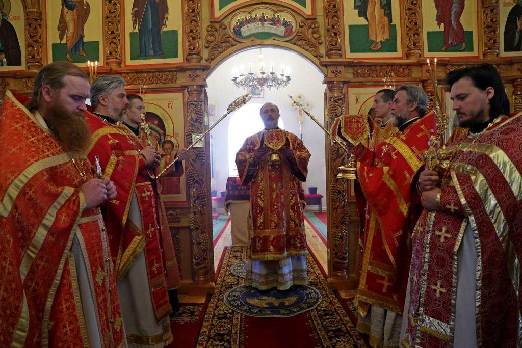 Божественная Литургия. Шадринск. 15.05.2016 г.