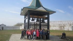 Миссионерский отдел организовал ознакомительно-просветительскую поездку учеников и родителей  школы № 4 в Далматовский Успенский мужской монастырь.