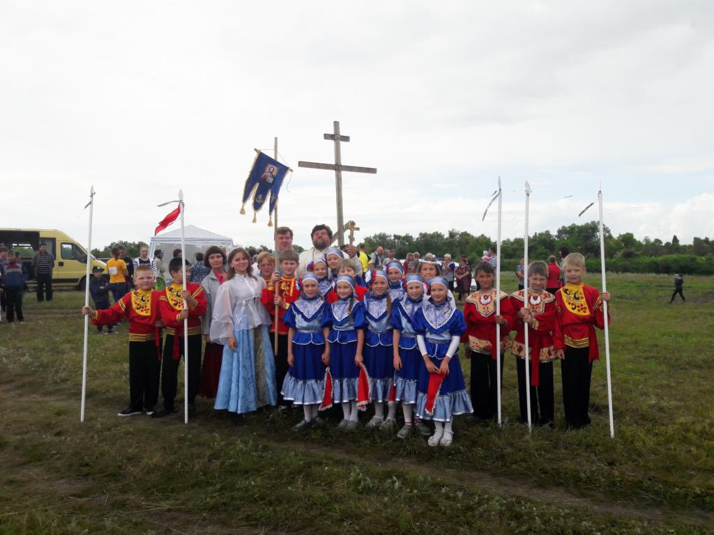 В Шадринской епархии отметили День Крещения Руси исторической реконструкцией.