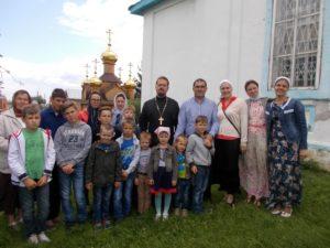 Воспитанники учебно-воспитательной группы Центра «Дар» посетили монастырь Похвалы Божией Матери с. Боровское