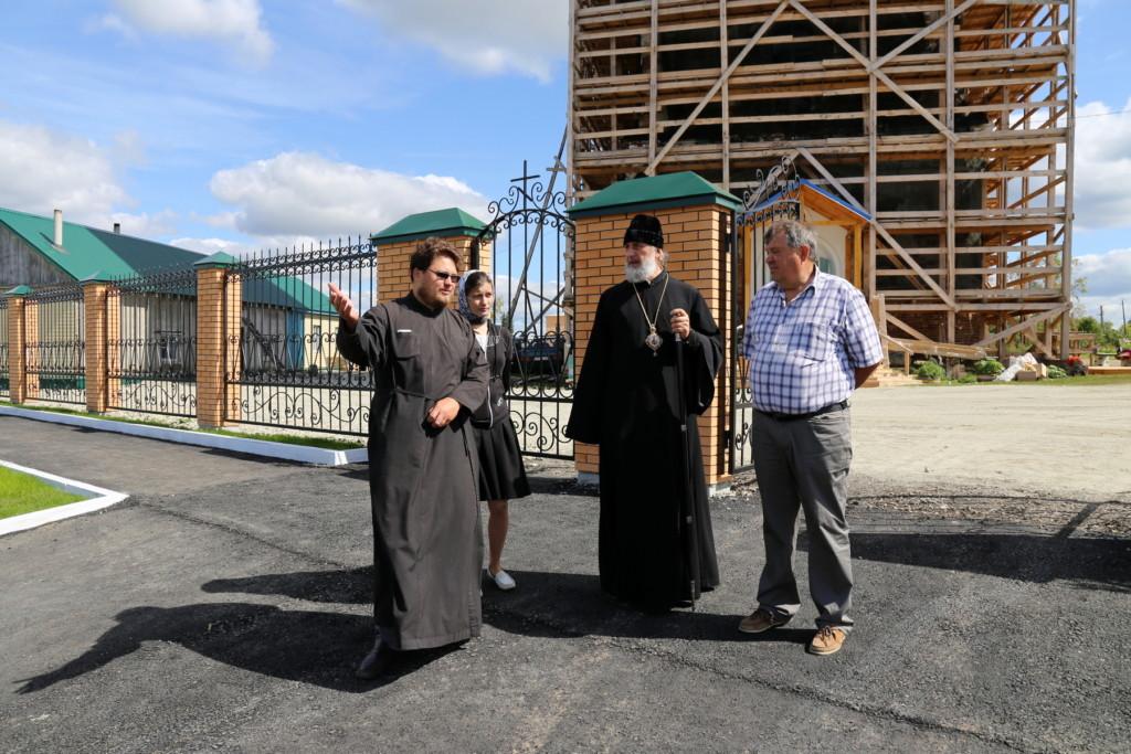 18 августа 2017 года епископ Шадринский и Далматовский Владимир посетил Преображенский храм села Батурино Шадринского района.
