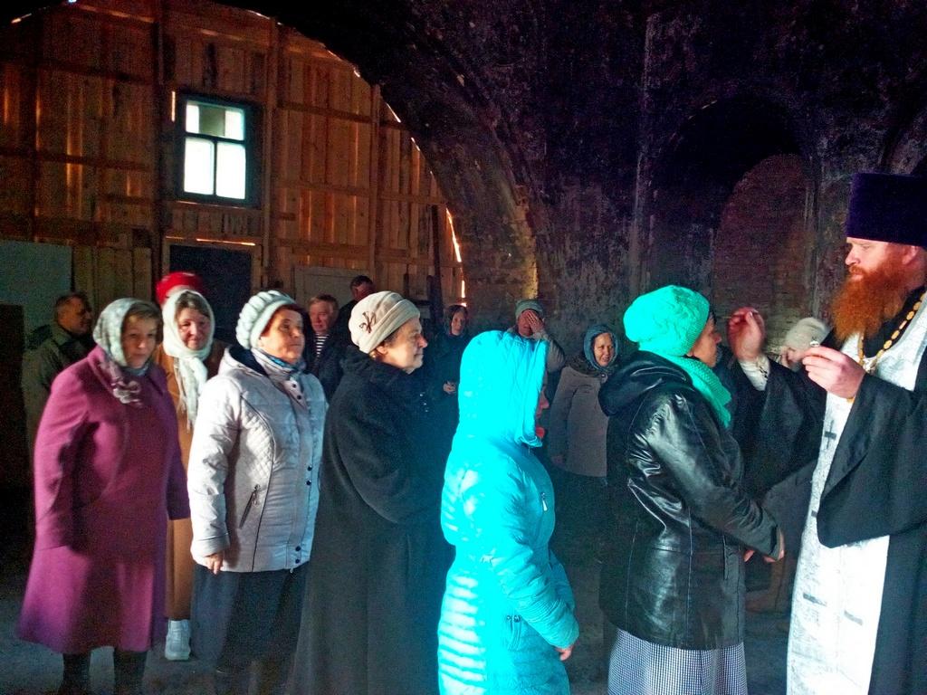 1 ноября 2017 года благочинный Северного церковного округа иерей Виталий Лукиных отслужил молебен в храме Покрова Пресвятой Богородицы села Барневское