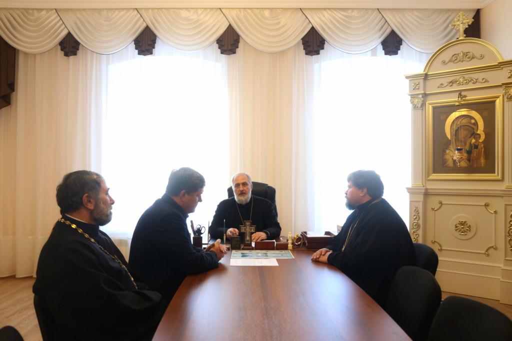 Глава Шадринской епархии епископ Шадринский и Далматовский Владимир встретился с главой Администрации Мишкинского района.