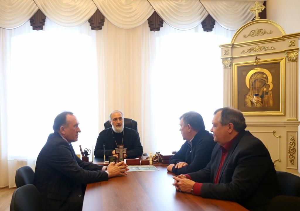Глава Шадринской епархии епископ Шадринский и Далматовский Владимир встретился с главой Администрации Шадринского района.