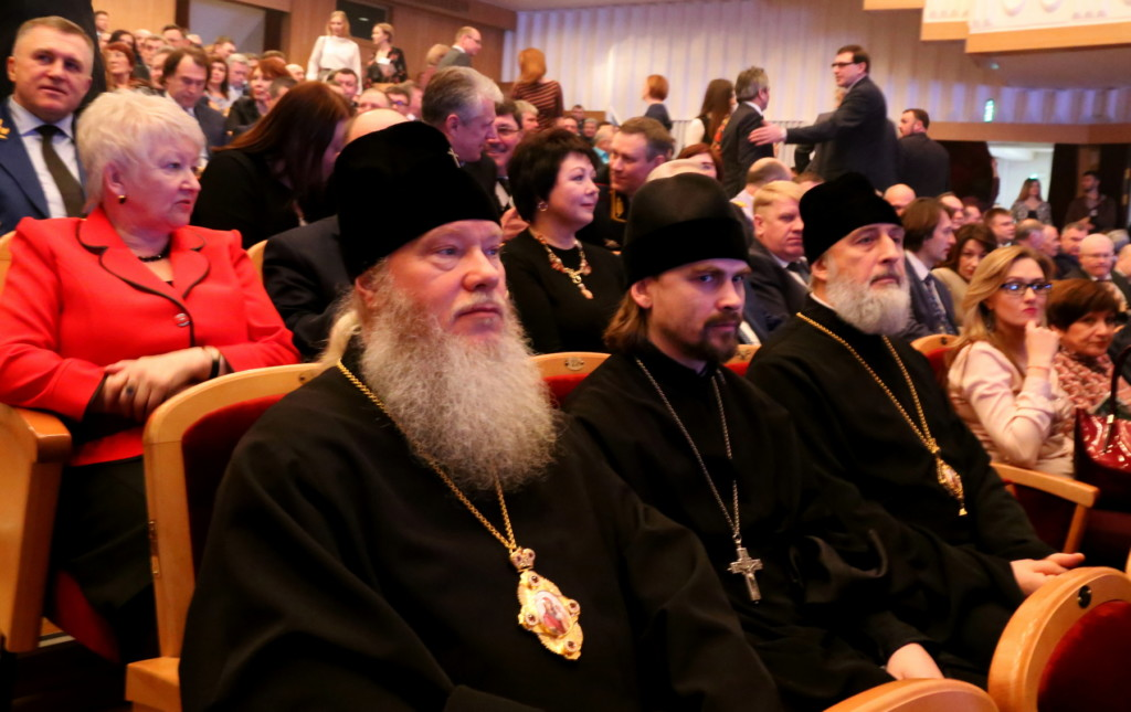 Епископ Шадринский и Далматовский Владимир принял участие в торжестве, посвященном 75-летию Курганской области