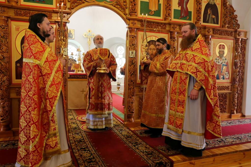 Божественная литургия. Шадринск. 17.04.2018 г.