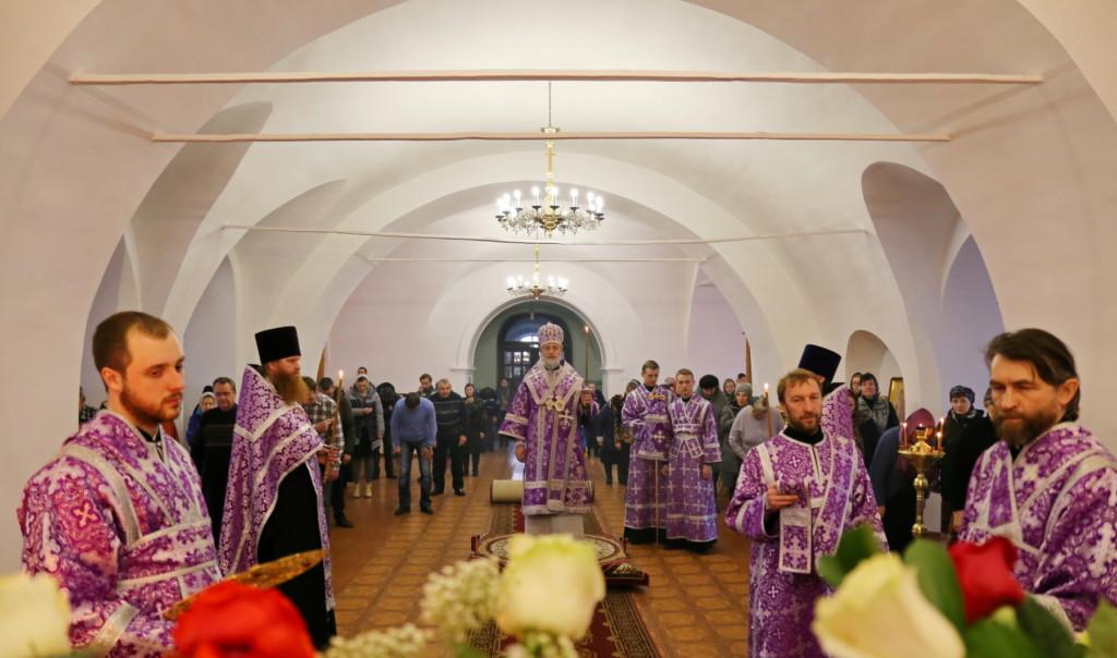 Утреня Великой Субботы с чином погребения. Шадринск. 06.04.2018г.