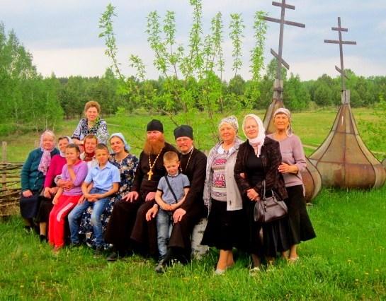 17 человек в составе паломнической группы совершили поездку в село Крестовское на празднование Третьего обретения главы Иоанна Предтечи. 07.06.2018 г.