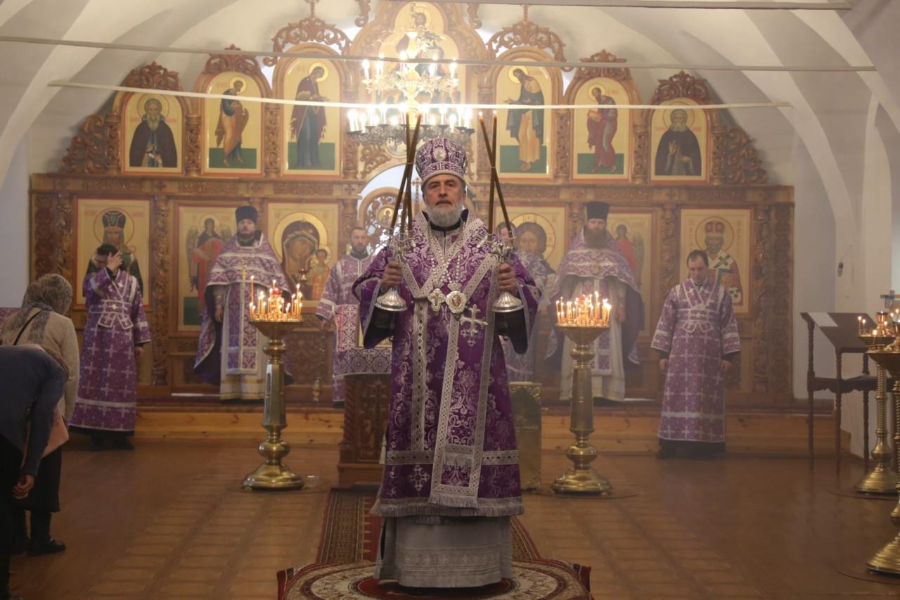 Божественная литургия. г. Шадринск 14.04.2019 г.