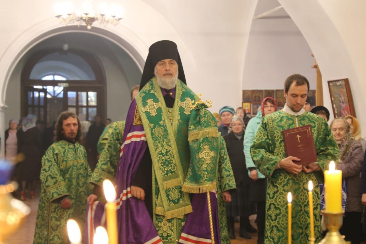 Всенощное бдение. г. Шадринск 20.04.2019 г.