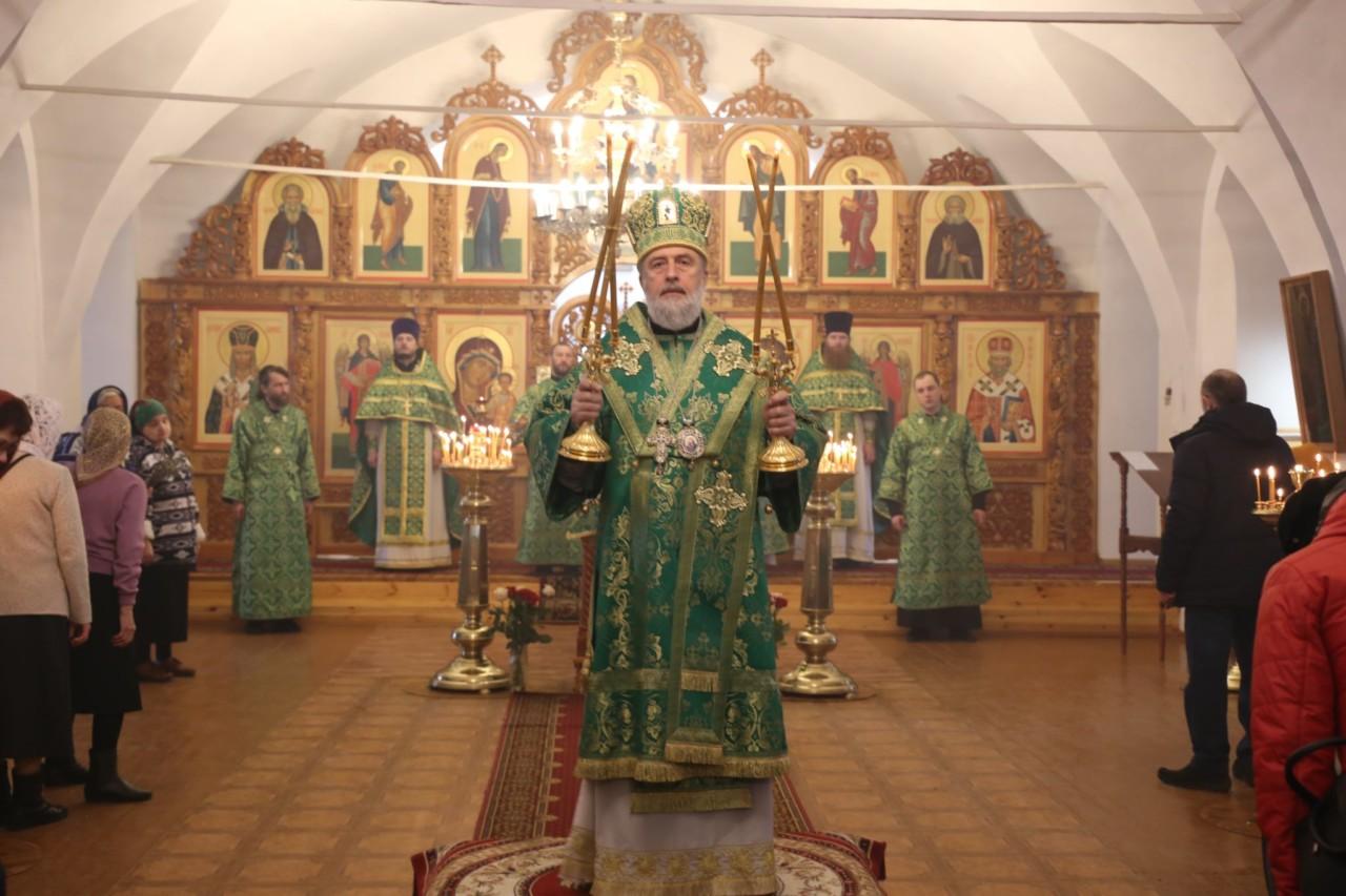Божественная литургия. г. Шадринск 21.04.2019 г.