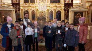 Протоиерей Владимир Швидкий провел для школьников экскурсию по храму
