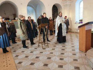 В строящемся храме в честь святой мученицы Татианы с. Большая Рига Шумихинского района отслужен праздничный молебен