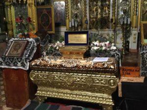 Прихожане Петропавловского храма г. Куртамыша поклонились частицам святых мощей угодников Божиих