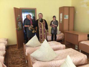 Протоиерей Александр Тимушев освятил здание нового детского сада в с. Нижнее Куртамышского района