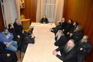 В Прощеное воскресенье в Далматовской обители под председательством наместника игумена Варнавы (Аверьянова) состоялось монастырское собрание
