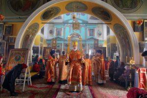 Божественная литургия с. Усть-Миасское. 20.04.2020 г.