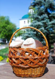 В Далматовском монастыре начала работать хлебопекарня. В монастырской продуктовой лавке производится продажа собственных хлебобулочных изделий
