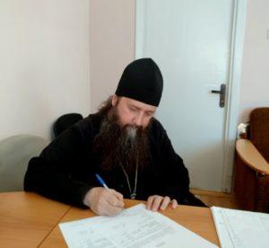 Продлен договор на экспонирование шлема и кольчуги преподобного Далмата Исетского в Скорбященском храме Далматовской обители