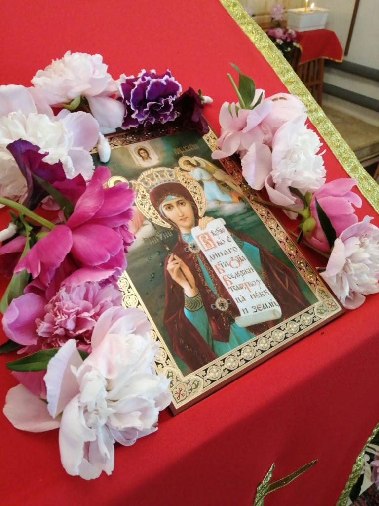 В молебном доме в честь великомученицы Параскевы Пятницы села Кондинское Шатровского района прошли богослужения, посвящённые престольному празднику