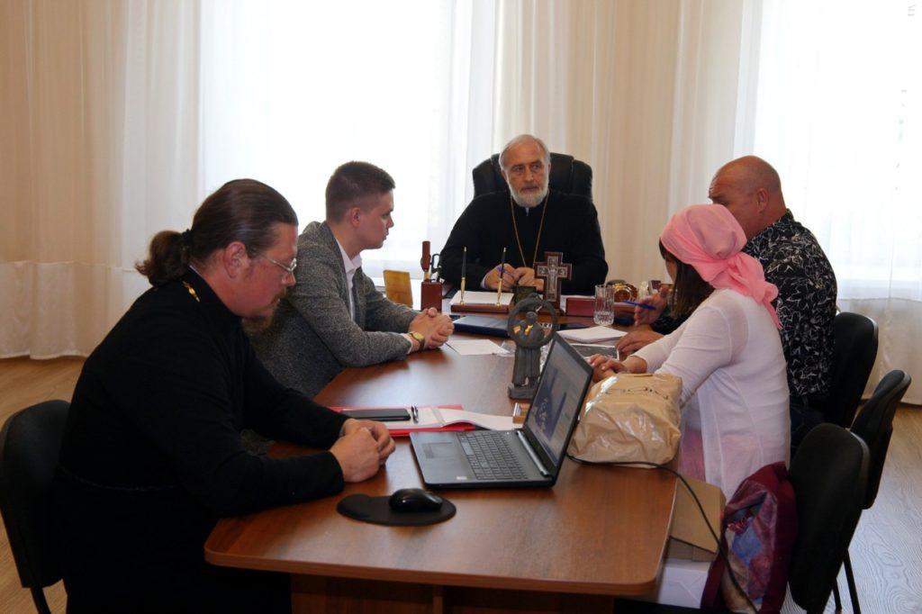 Епископ Владимир возглавил совещание по вопросу установки памятника святым Петру и Февронии