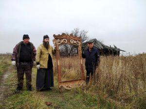 Состоялась очередная экспедиция с целью сбора деревянных элементов декора зданий и предметов старины