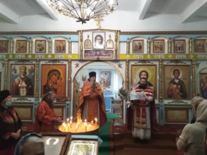 В храме в честь великомученика Димитрия Солунского с. Канаши Шадринского района отметили престольный праздник
