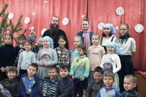 Рождественский праздник для воспитанников воскресной школы «Свеча» при Успенском Далматовском монастыре