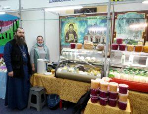 Далматовский монастырь принял участие в XIII Международной православной выставке-ярмарке «Добрый свет Рождества»