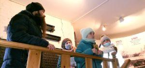 На экскурсии в Далматовском монастыре побывали школьники Песчано-Колединской школы Далматовского района