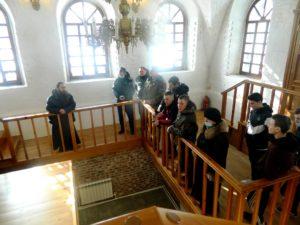 В Успенском Далматовском мужском монастыре провели экскурсию для условно-осужденных и состоящих на учете в уголовно-исправительной инспекции