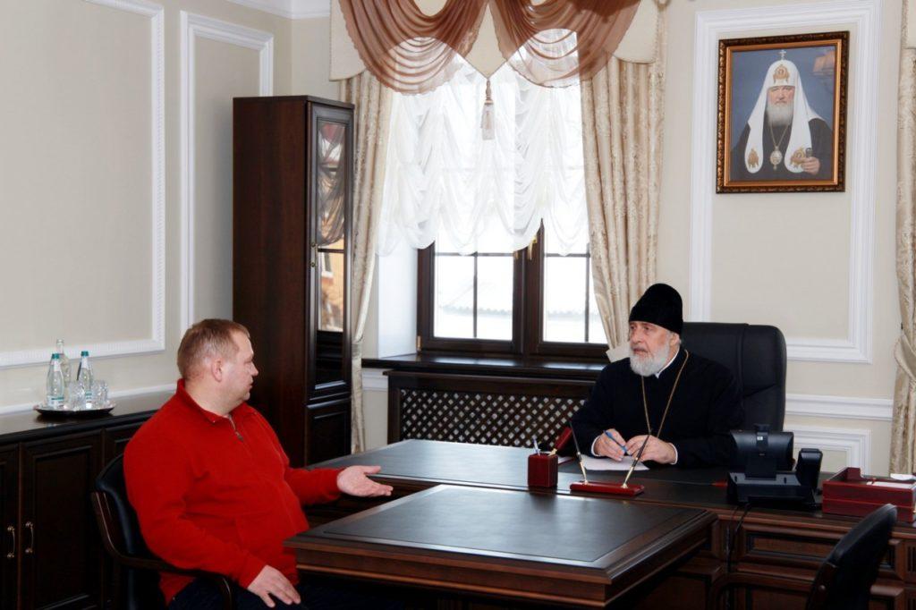 Преосвященнейший Владимир встретился с директором СМУ-45 Игорем Уфимцевым