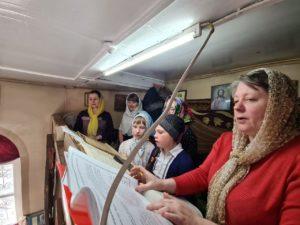 Учащиеся воскресной школы при Успенском храме г. Шумихи приняли участие в богослужении