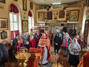В Успенском храме г. Шумихи отслужили благодарственный молебен за дарование Победы в Великой Отечественной войны